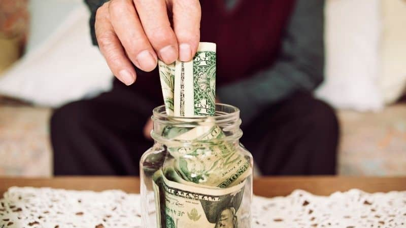 10 Effective Strategies To Save More Money | Be The Budget