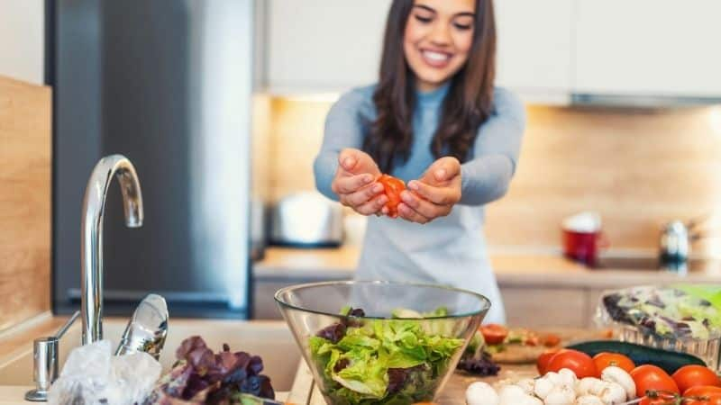 how to make money cooking at home | Be The Budget